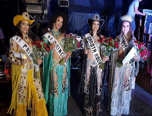 UniFSP premia Rainha da Expofar, com bolsa de estudos!!!