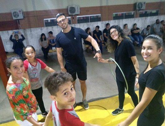 """Educação Física faz """"Gincana de Páscoa"""" em escola de Avaré"""
