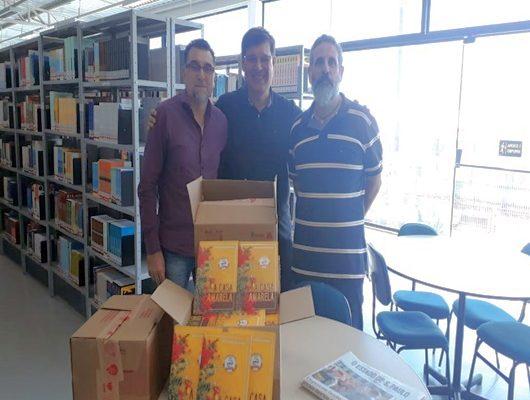 UniFSP recebe Doação de Livros para seu acervo literário.